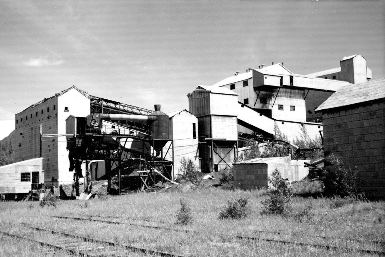 Brazeau Collieries coal processing plant